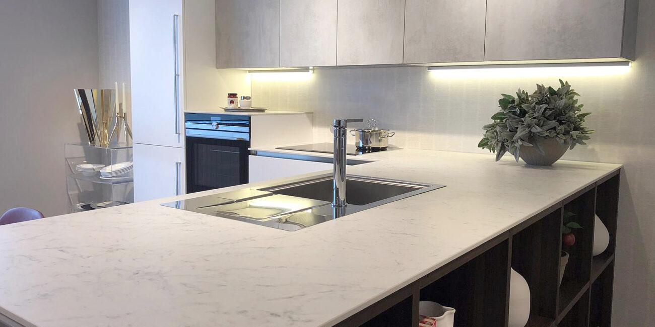 kerit: piano lavoro cucina in marmo