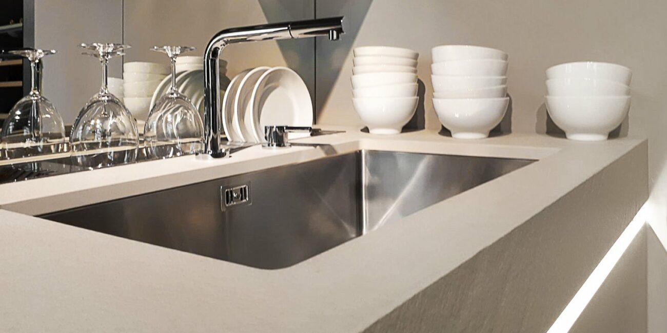 materia: dettaglio lavandino cucina