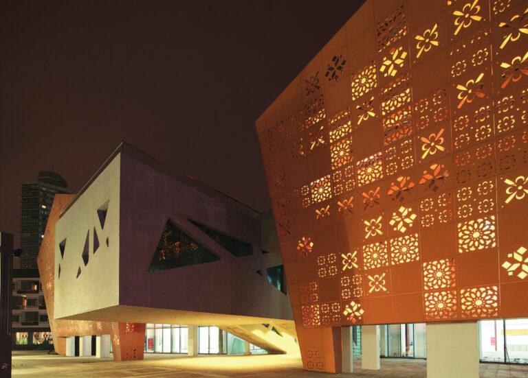 expo 2010: facciata esterna padiglione