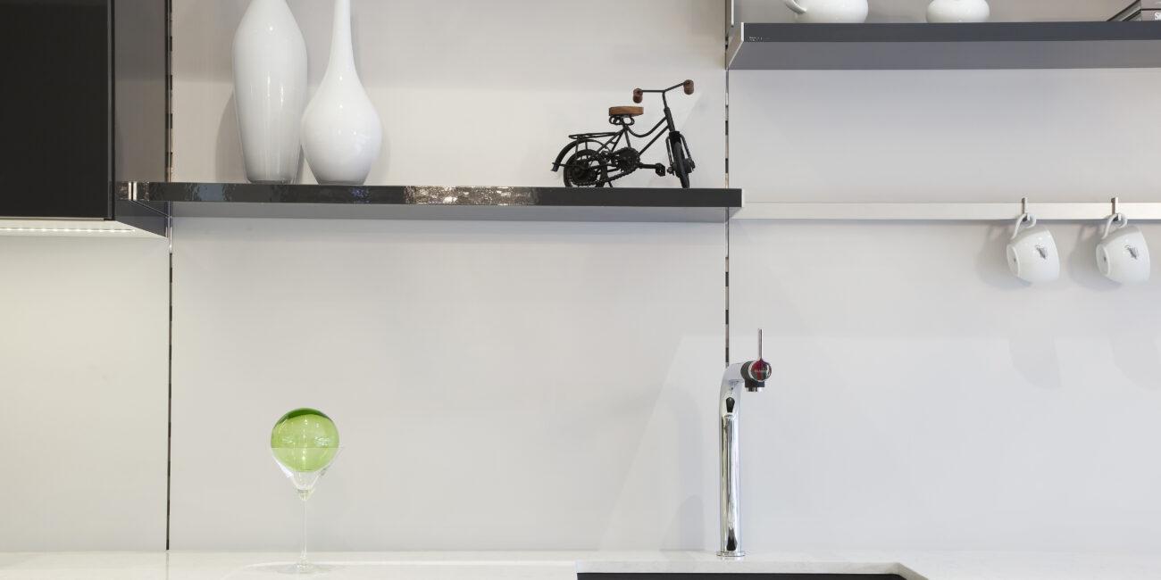 kstone: rivestimento gloss cucina