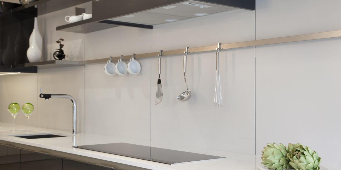 kstone: cucina gloss bianca