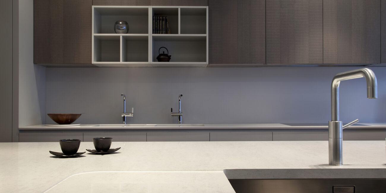 kstone: piano lavoro gloss cucina