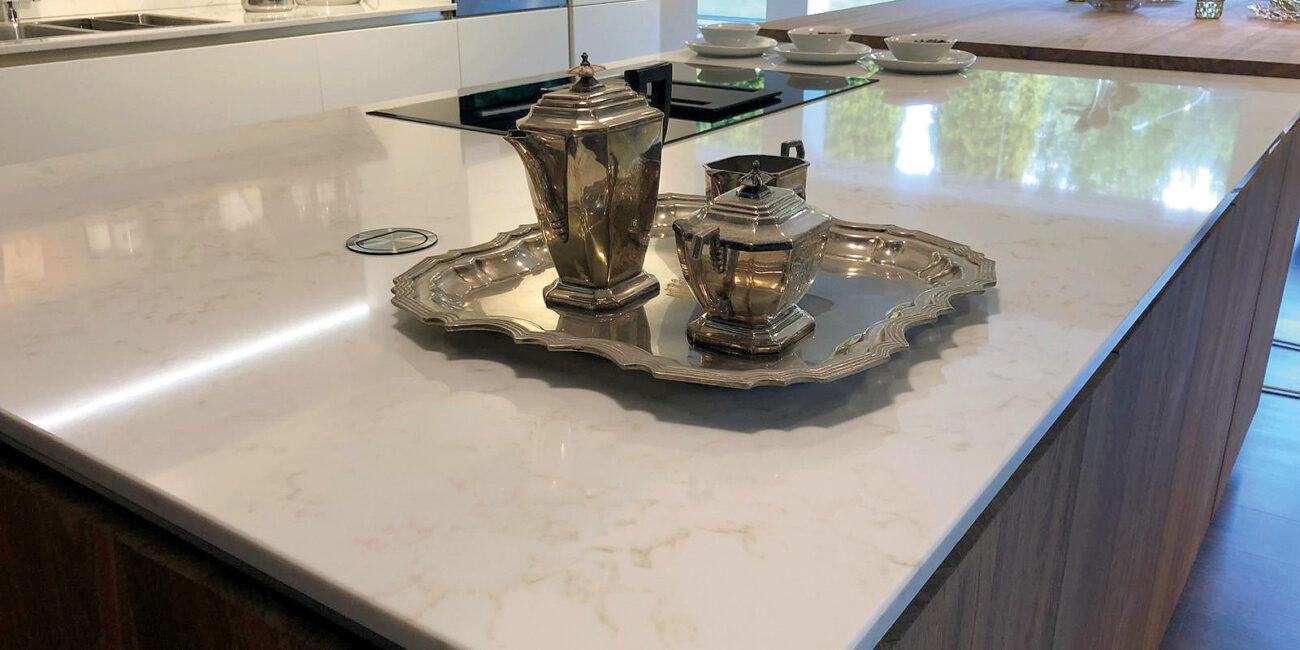 marmorea: piano lavoro cucina gloss