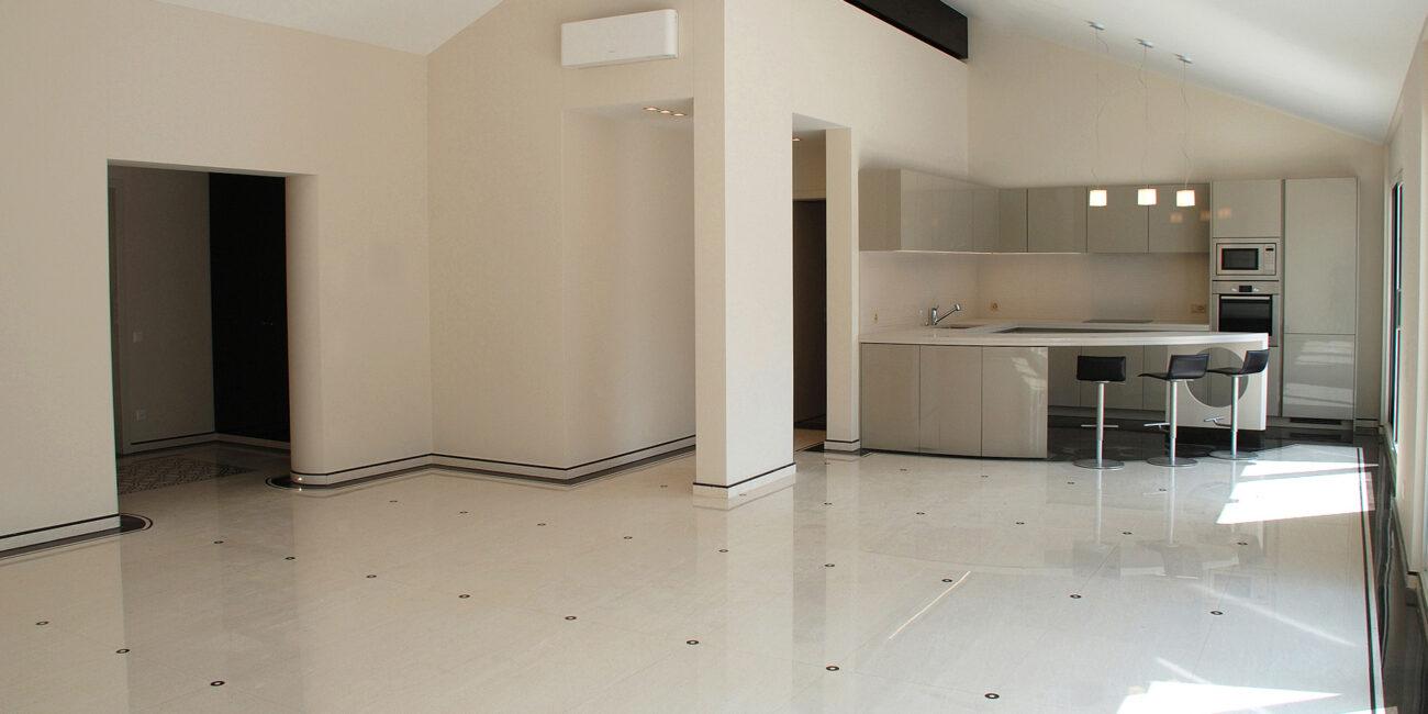 micro+: pavimento gloss superwhite